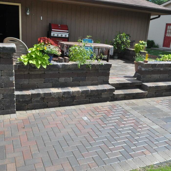 price to install brick patio