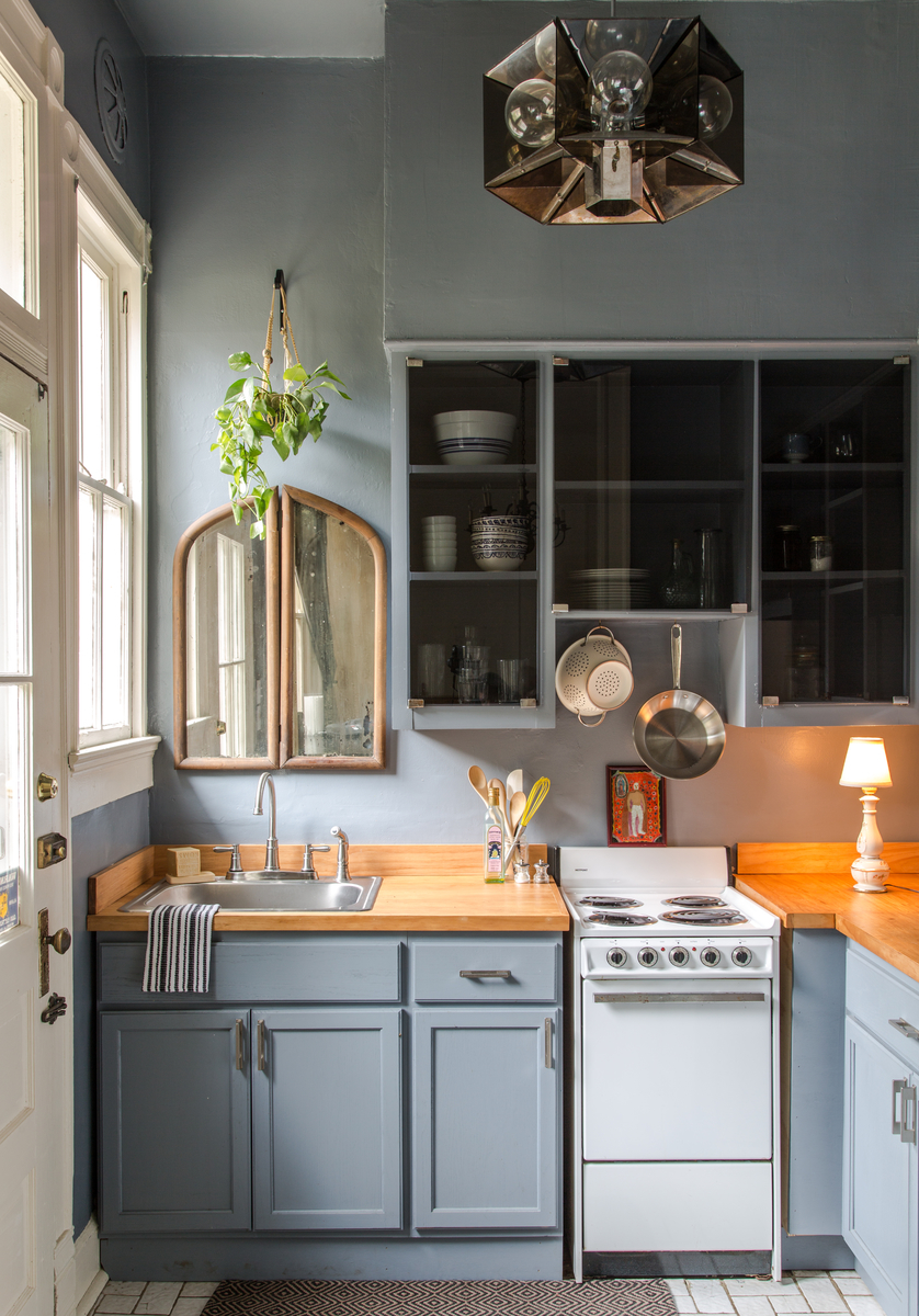 50 Best Small Kitchen Ideas and Designs for 2017 on Small Kitchen Remodel Ideas  id=65386