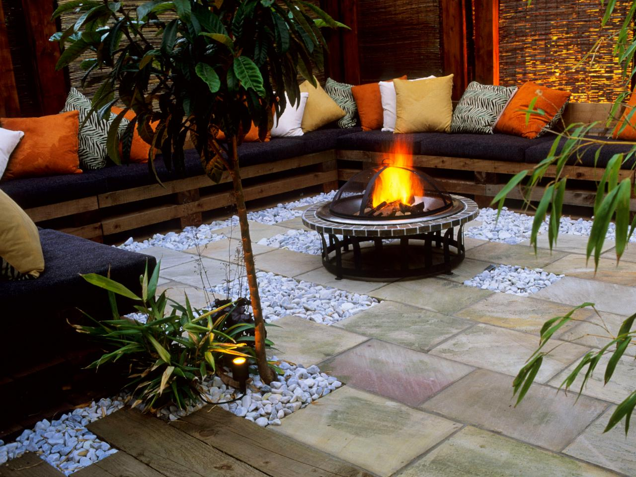 50 Best Outdoor Fire Pit Design Ideas for 2017 on Outdoor Fire Pit Ideas id=86887