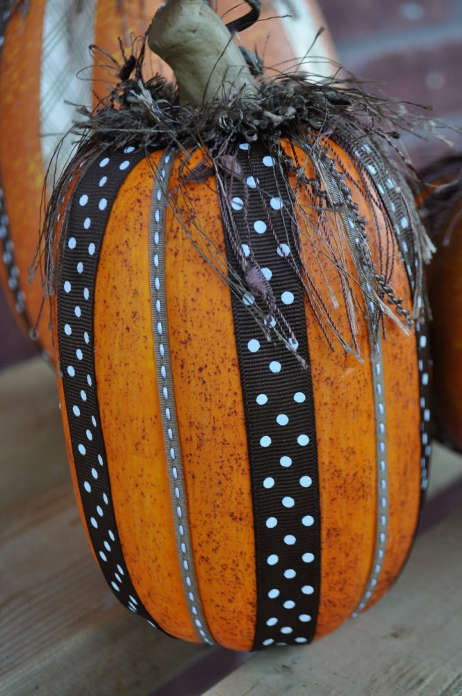 Pumpkin Decorating An Easy Mess Free Way To Decorate For