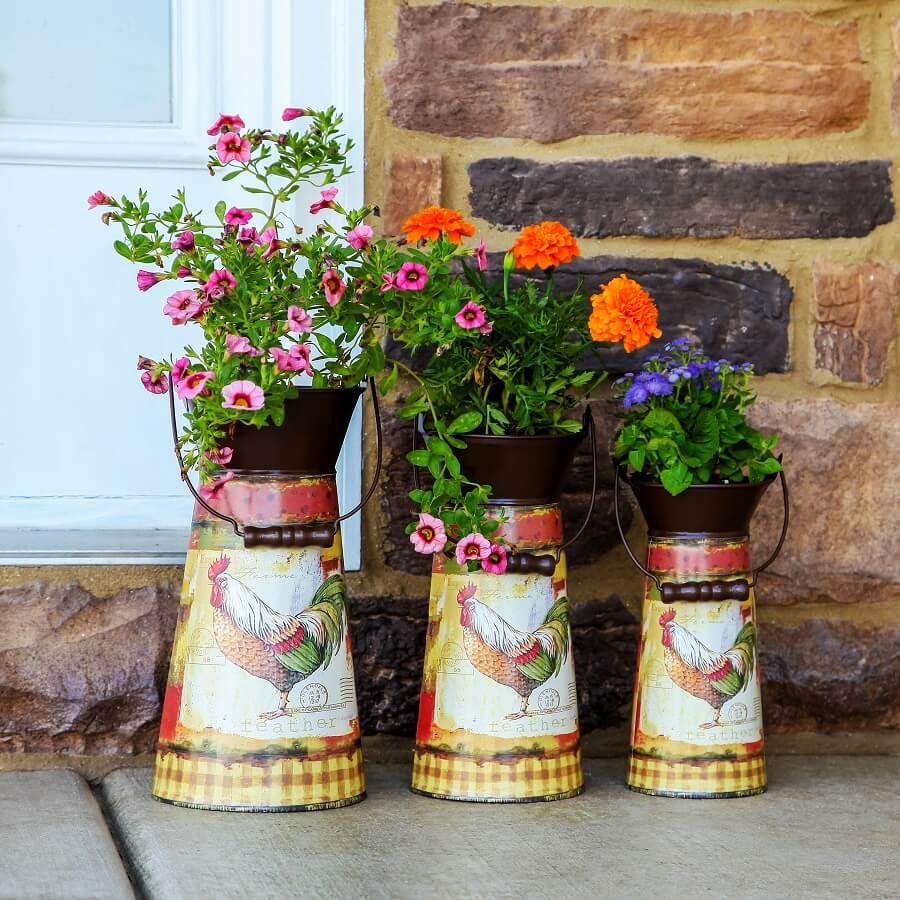 34 Best Vintage Garden Decor Ideas and Designs for 2017 on Garden Decor Ideas  id=14944