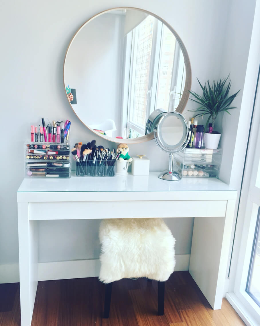 19 Best Makeup Vanity Ideas and Designs for 2017 on Make Up Room Ideas  id=28020