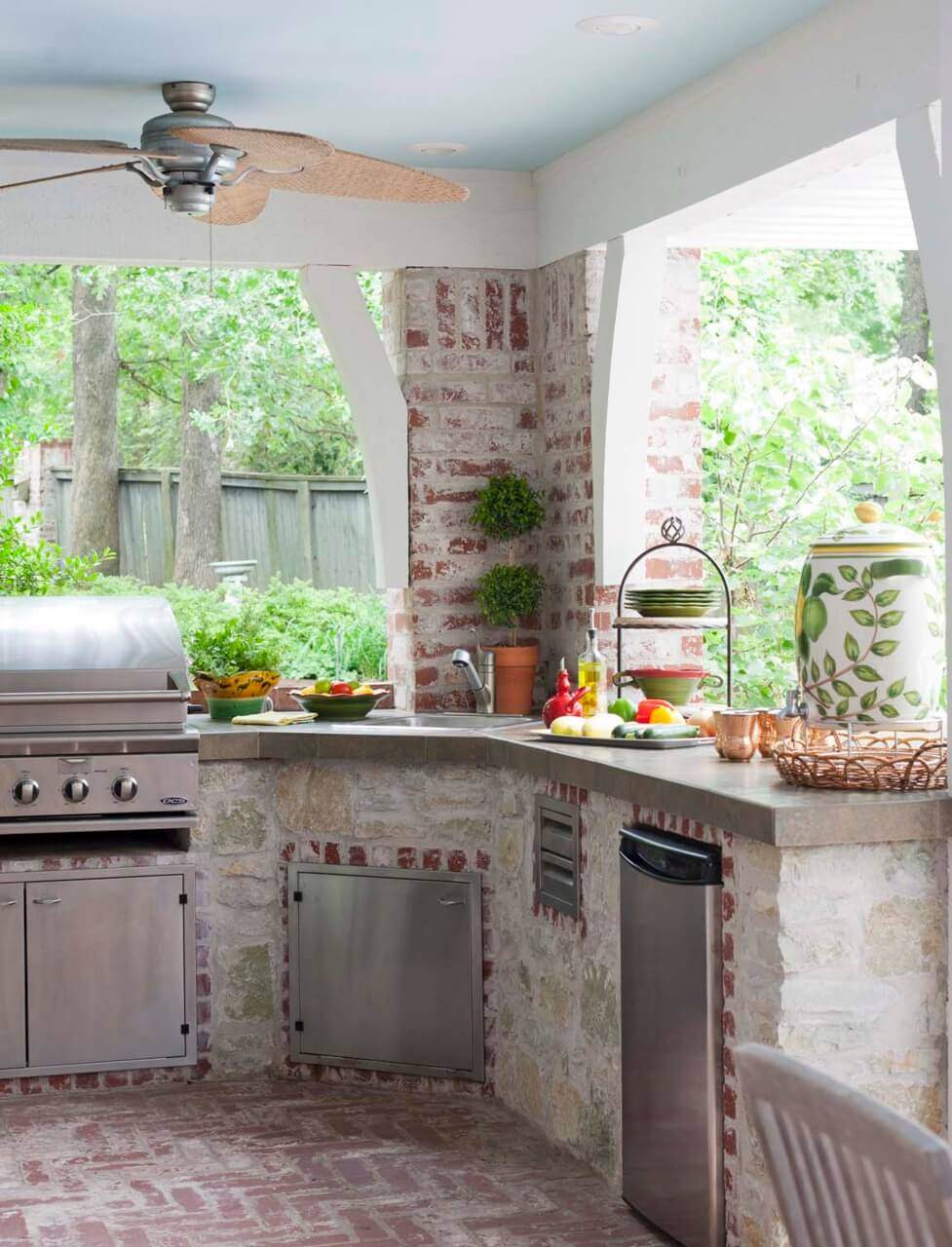 17 Functional and Practical Outdoor Kitchen Design Ideas ... on Patio Kitchen  id=66892