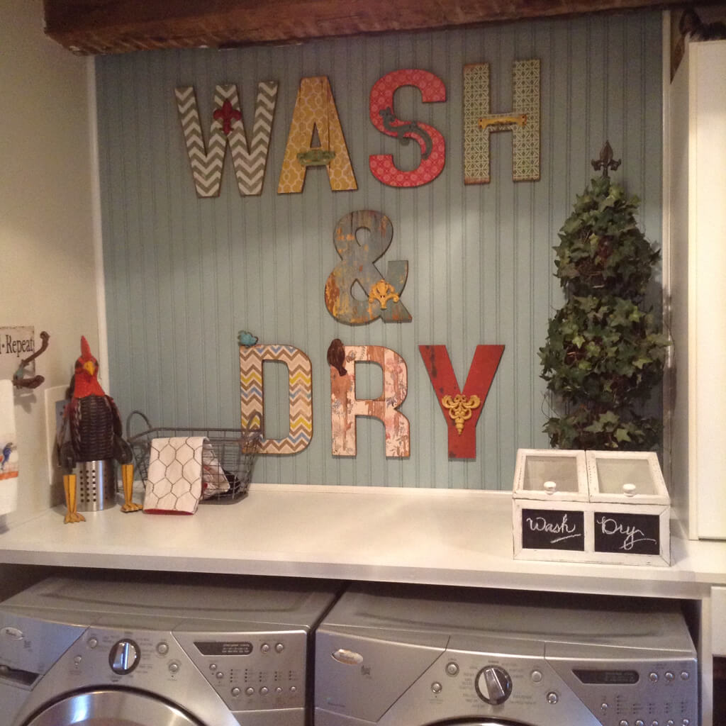 25 Best Vintage Laundry Room Decor Ideas and Designs for 2017 on Laundry Decoration  id=58179