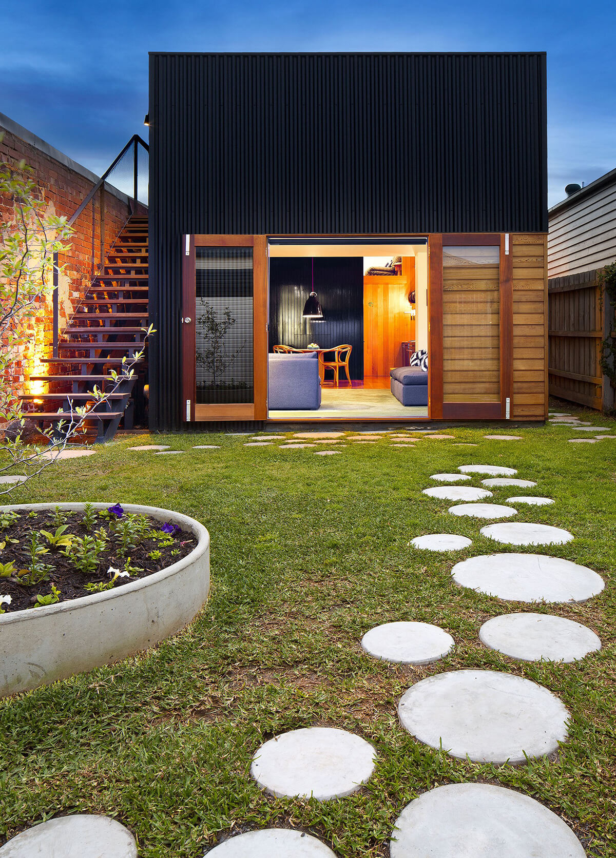 25 Best Garden Path and Walkway Ideas and Designs for 2017 on Backyard Walkway Ideas id=46791