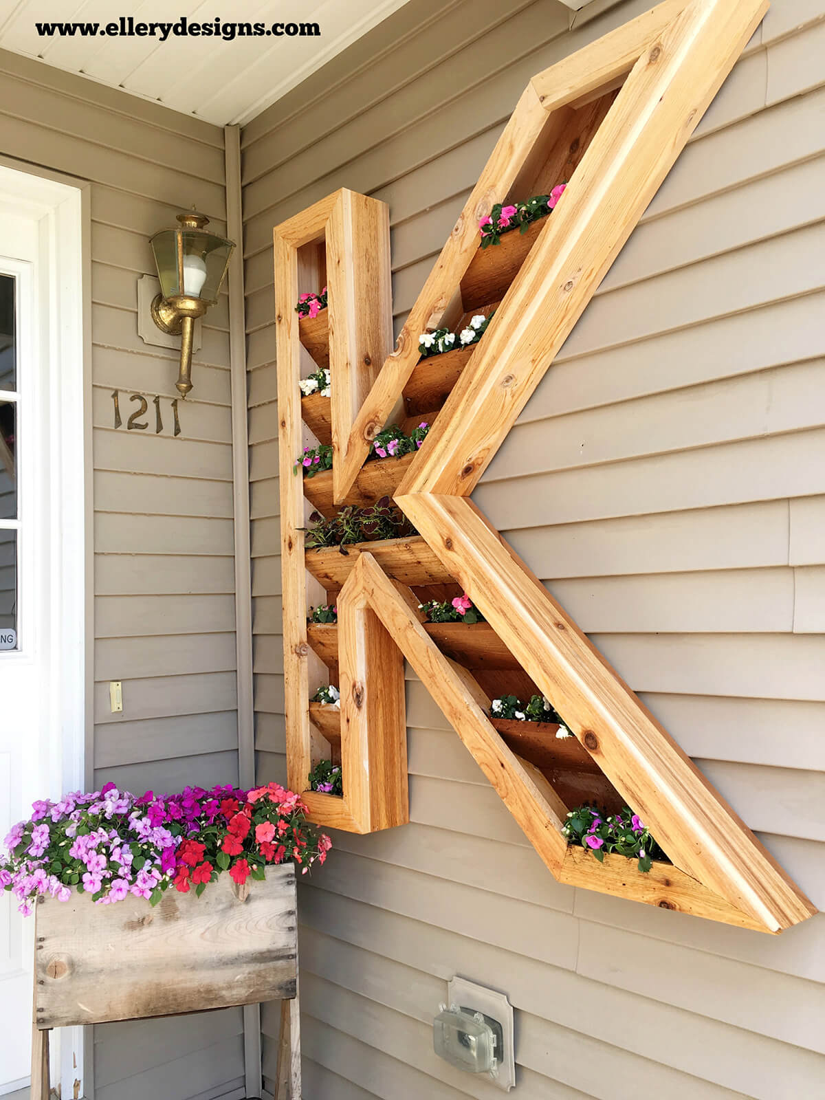 32 Best DIY Pallet and Wood Planter Box Ideas and Designs ... on Pallet Design Ideas  id=54269