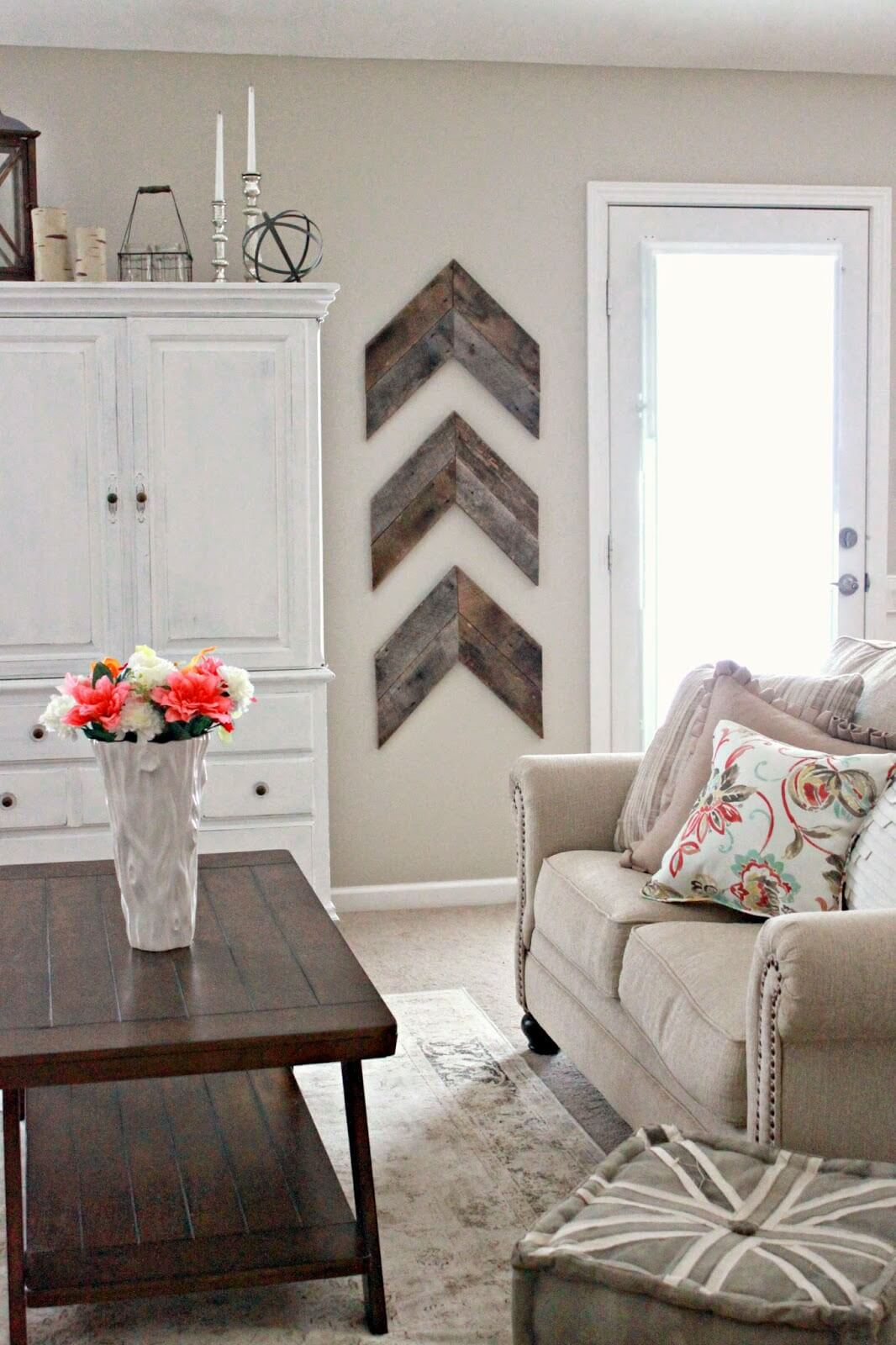 35 Best Farmhouse Living Room Decor Ideas and Designs for 2017 on Room Decor Ideas  id=54593