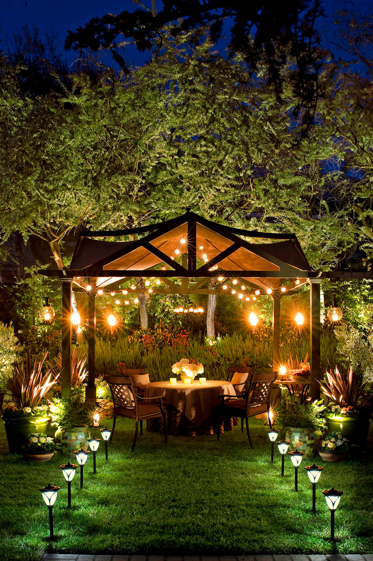 27 Best Backyard Lighting Ideas and Designs for 2017 on Best Yard Design id=69355