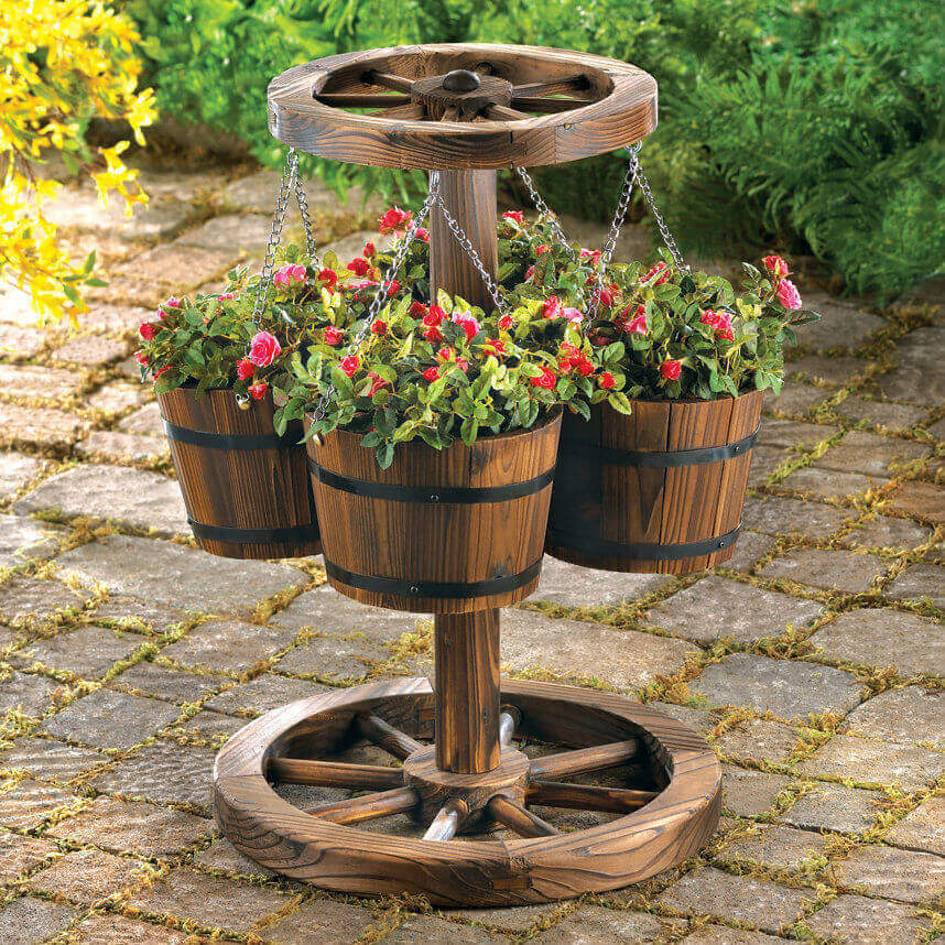 45 Best Outdoor Hanging Planter Ideas and Designs for 2017 on Hanging Plants Stand Design  id=27512