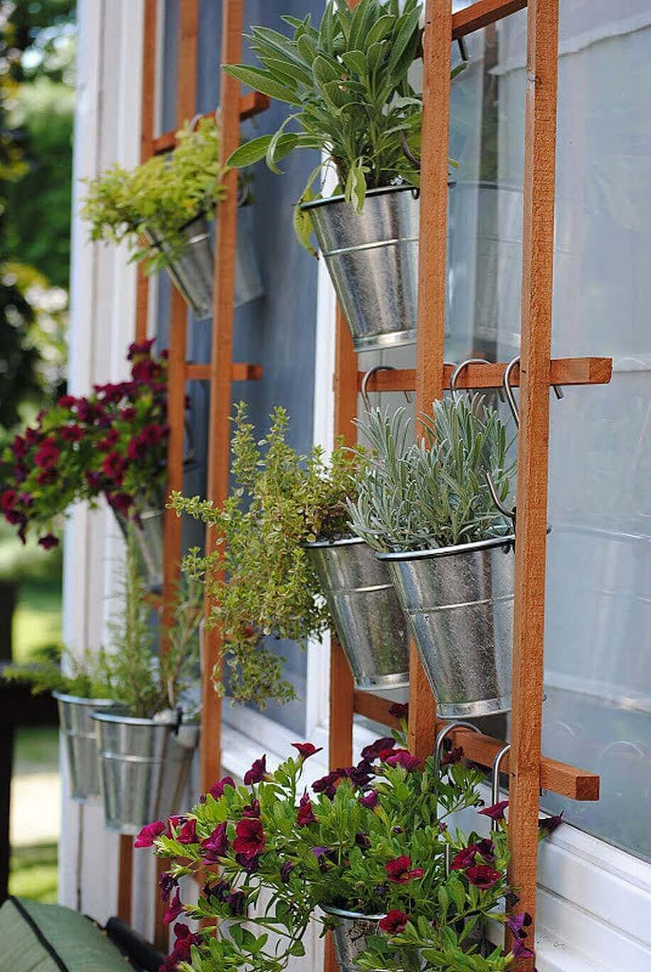 45 Best Outdoor Hanging Planter Ideas and Designs for 2017 on Hanging Plant Stand Ideas  id=83457