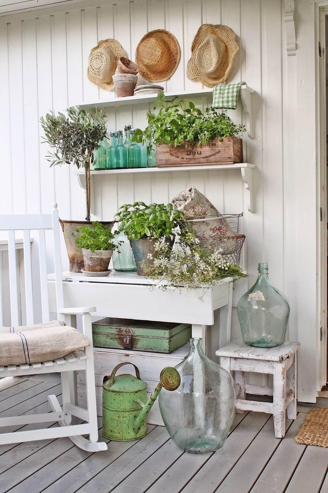 47 Best Rustic Farmhouse Porch Decor Ideas and Designs for ... on Farmhouse Yard Ideas id=84609