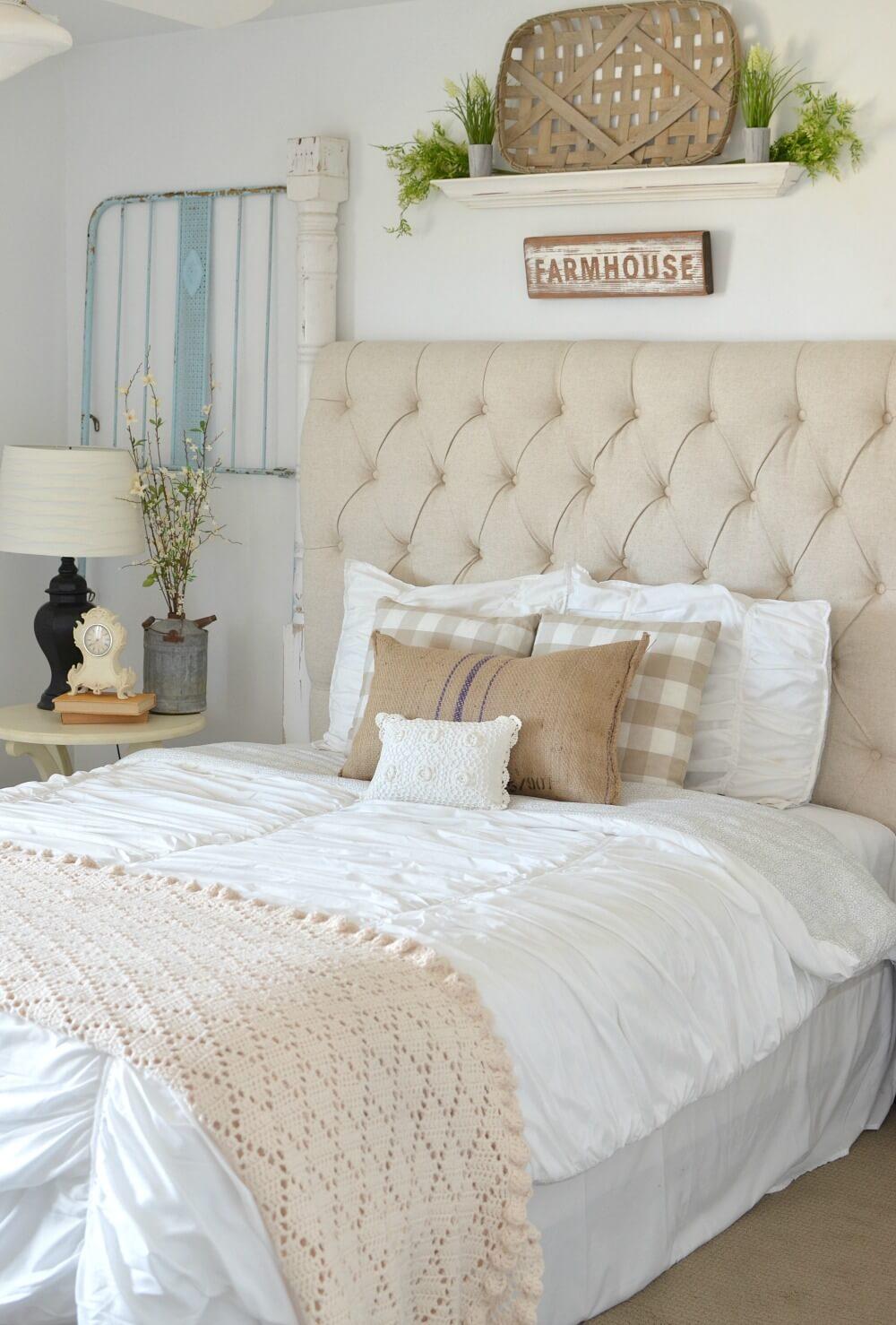 39 Best Farmhouse Bedroom Design and Decor Ideas for 2017 on Bedroom Farmhouse Decor  id=40799