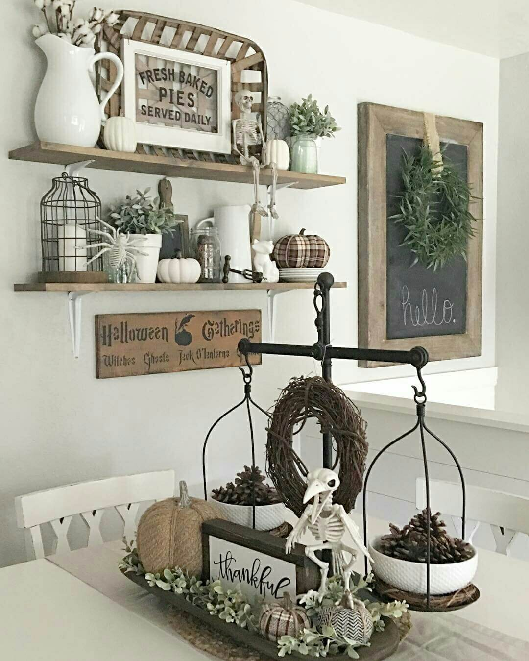 29 Best Farmhouse Fall Decorating Ideas and Designs for 2017 on Farmhouse Decorating Ideas  id=94050
