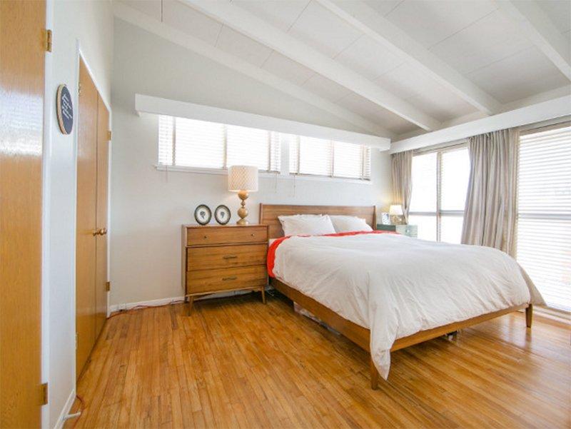 mid century modern bedroom vanity