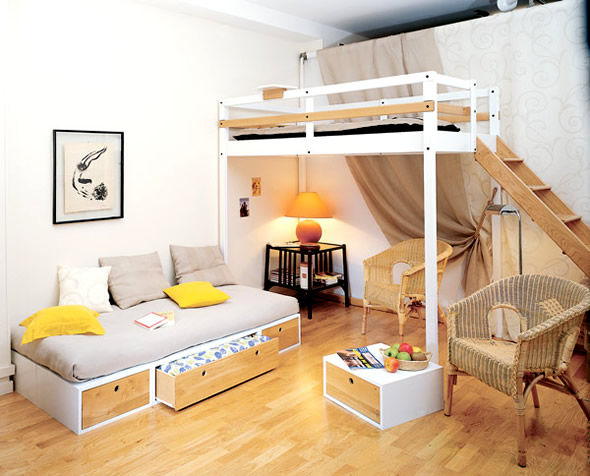 Bedroom Furniture Design for Small Spaces on Bedroom Ideas For Small Spaces  id=51629