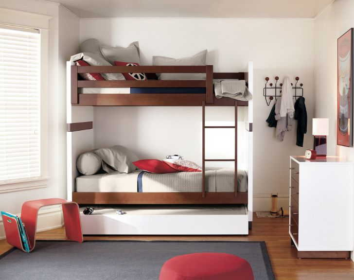 Choose Loft Bed To Maximize Space