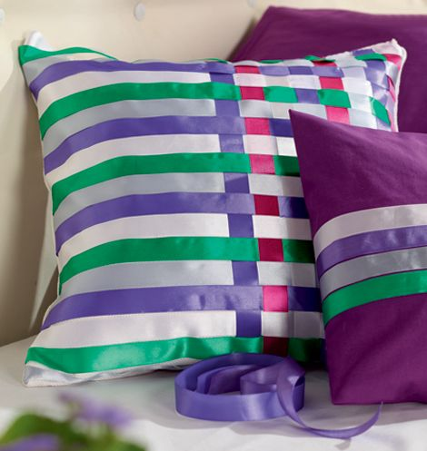 Cute And Colorful Projects Featuring Decorative Pillows