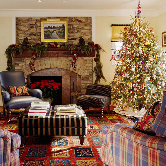 13 christmas living room decoration ideas imagine for Xmas living room ideas