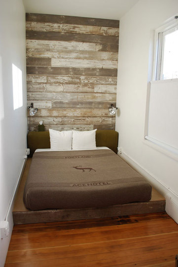 Small Bedroom Decorating Ideas On A Budget on Cheap Bedroom Ideas For Small Rooms  id=27145