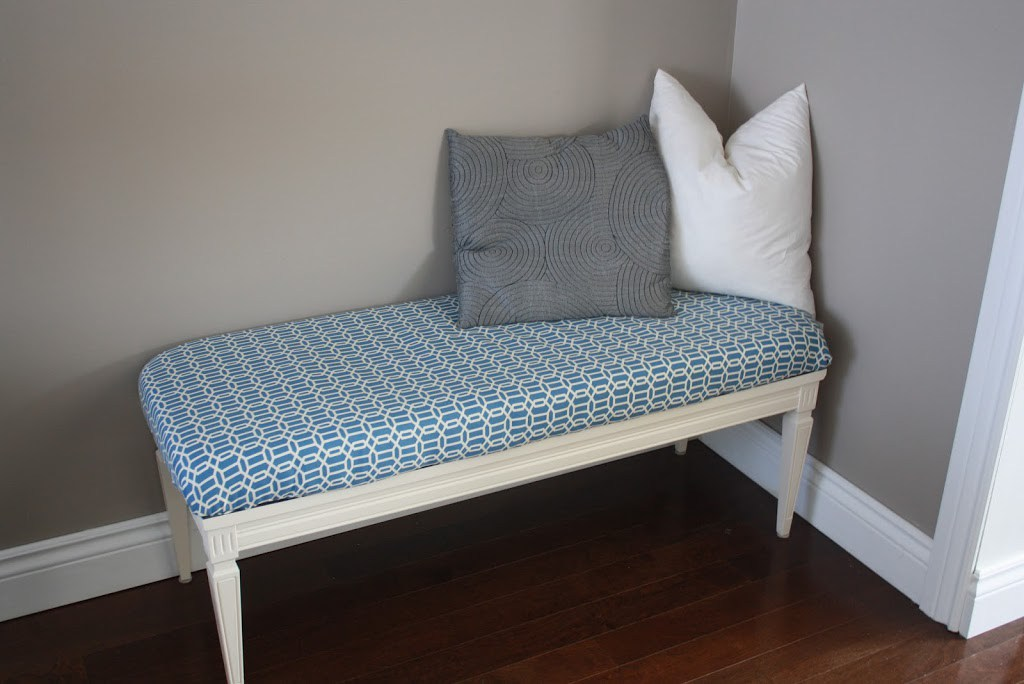 upholstered bench for indoor or outdoor