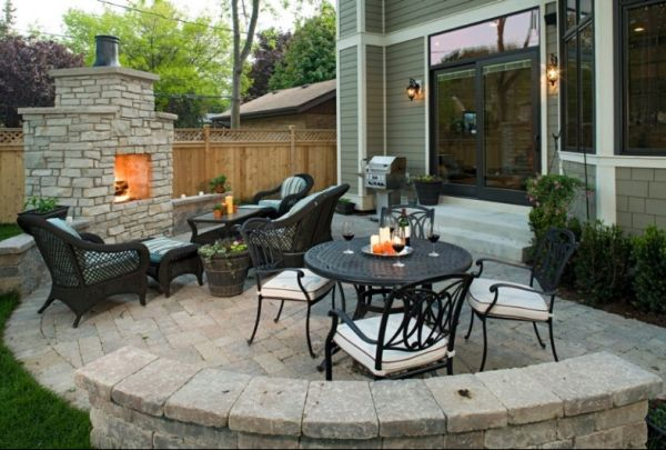 How to decorate the outdoor areas on Small Backyard Entertainment Area Ideas id=17604