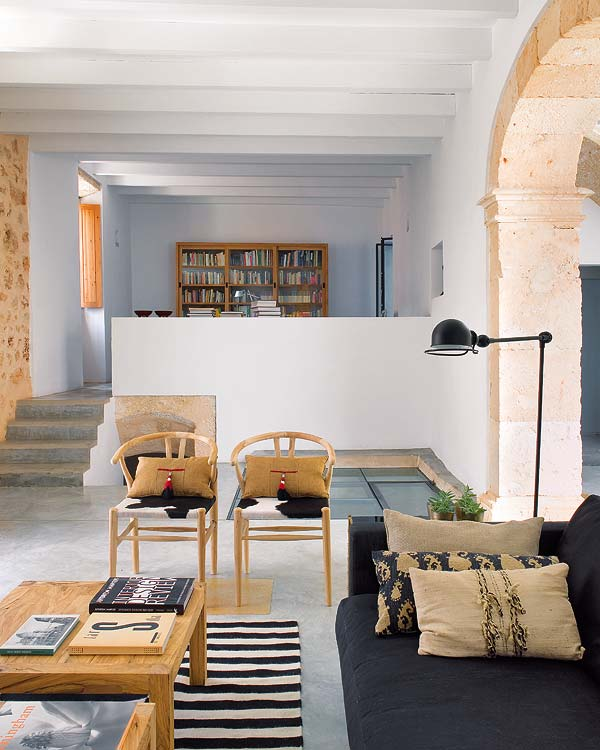 An architect's home with a modern traditional décor