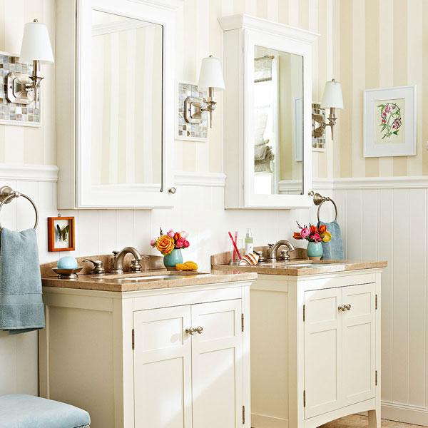 6 Ways To Make A Monochromatic Bathroom Pop! on Monochromatic Bathroom Ideas  id=75951