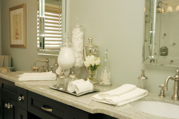 10 must have bathroom accessories