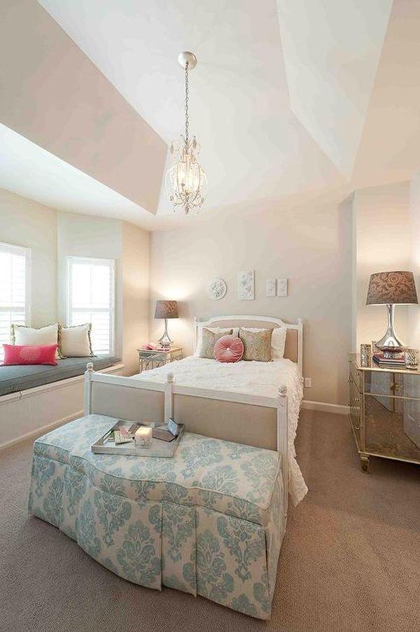 26 dreamy feminine bedroom interiors