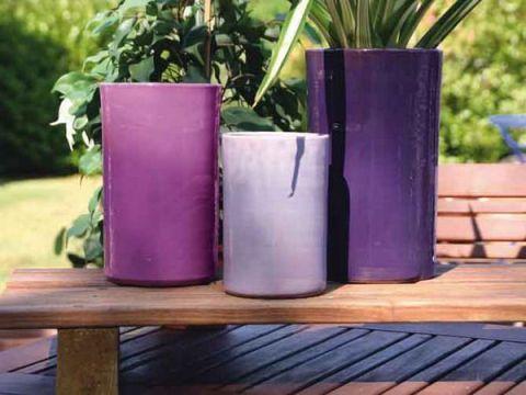 vasi viola per il giardino
