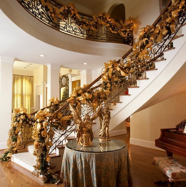 Decorate The Stairs For Christmas – 30 Beautiful Ideas | Decorative Handrails For Stairs | Main Entrance | Solid Wood | Different Style | Elegant | Steel Pipe