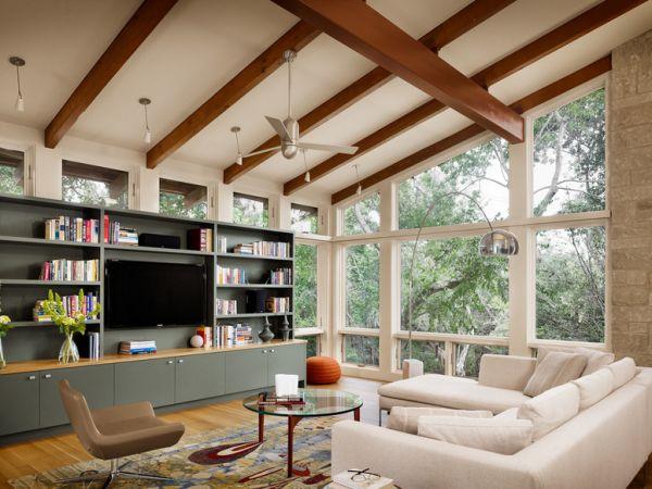 Sloped ceiling living room ideas for Sloped ceiling living room ideas