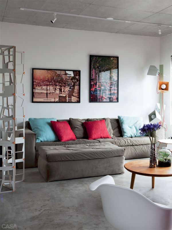 70 Square Meter Apartment With A Continuous Layout And A