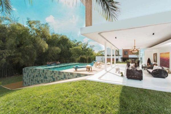 19 Inspiring Seamless Indoor/Outdoor Transitions in Modern ... on Seamless Indoor Outdoor Living id=95251