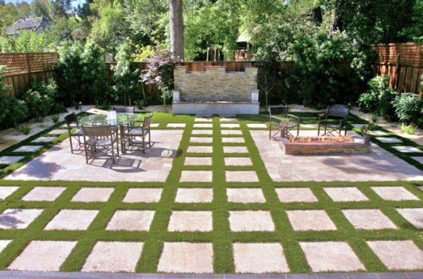 square paver stone patio ideas Geometric Design in Outdoor Spaces