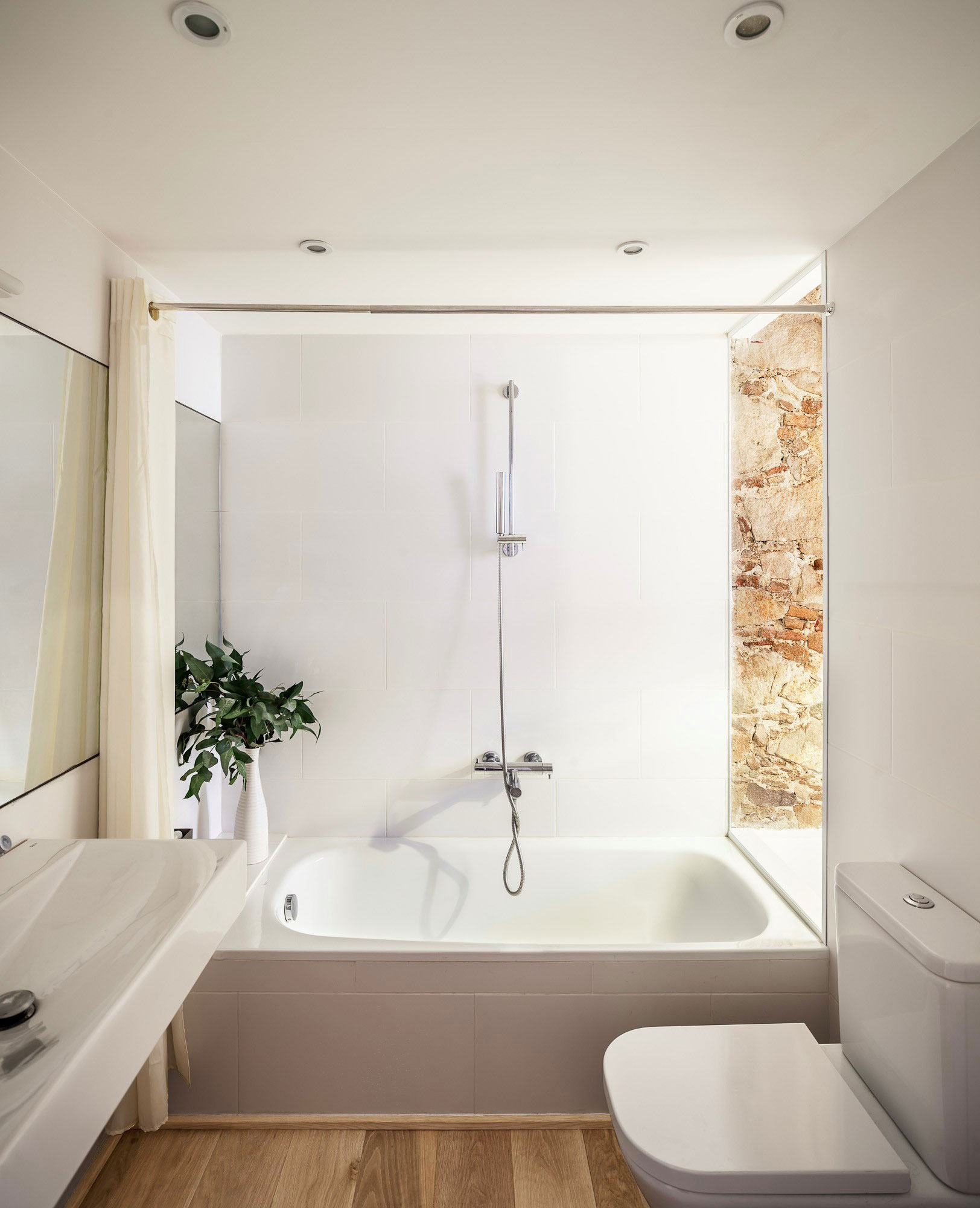 Modern Apartment Renovation Revives Its 19th Century Character on Apartment Bathroom  id=18762