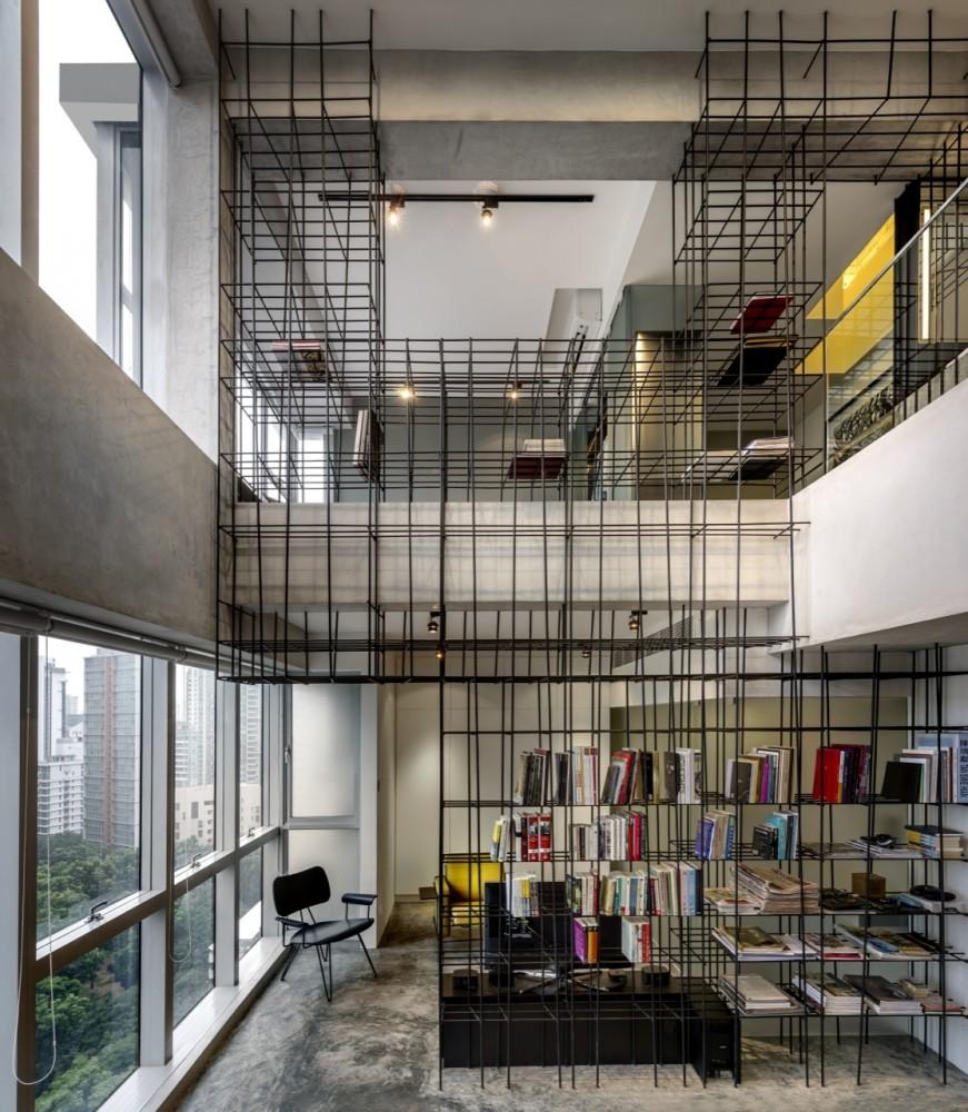 Woon-Tai-Ho-loft-living-space-steel-rods