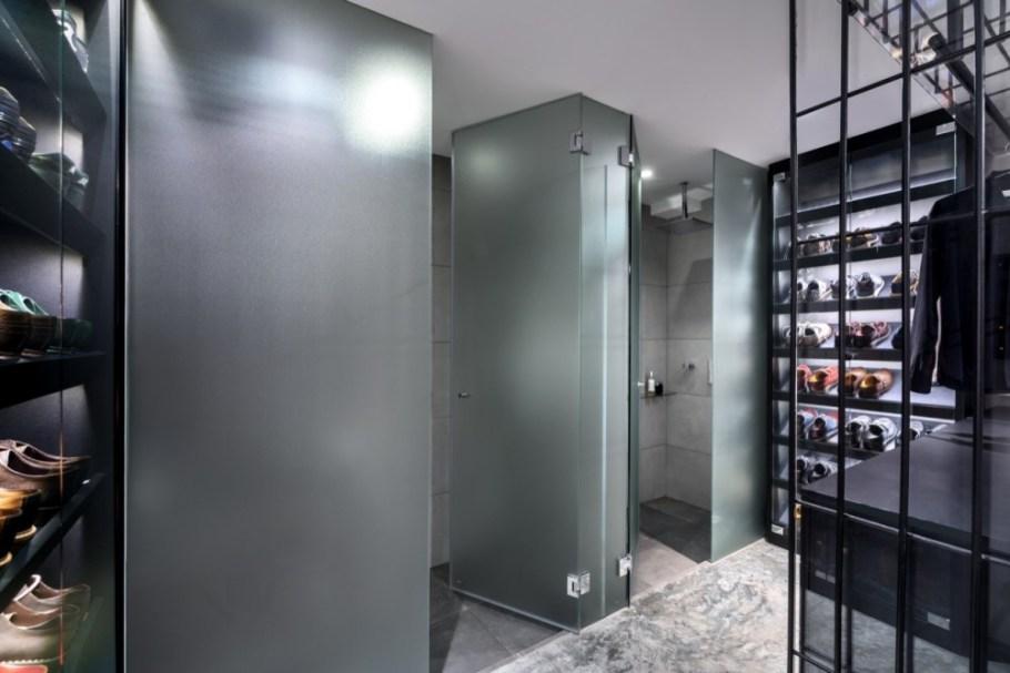 Woon-Tai-Ho-loft-wardrobe-interior
