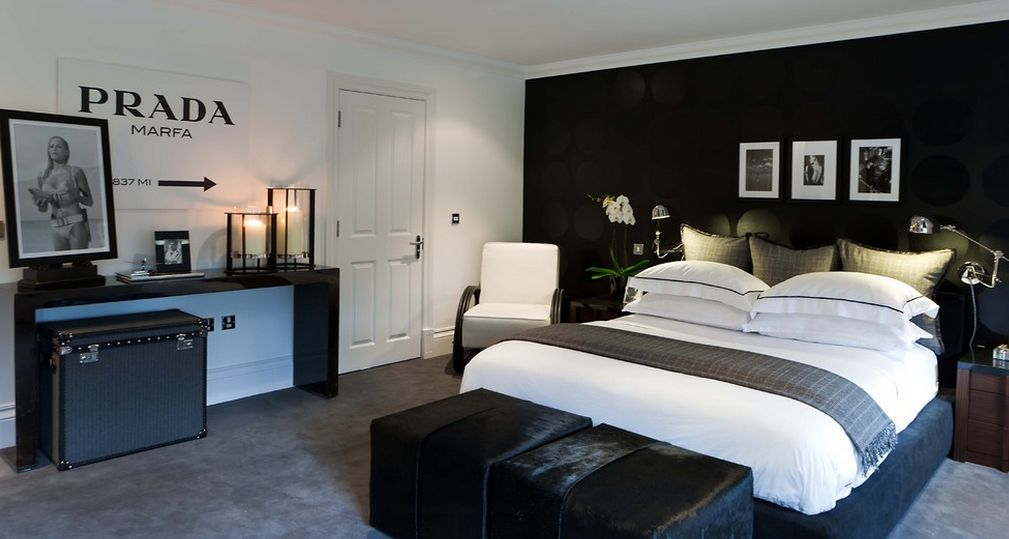 35 Timeless Black And White Bedrooms That Know How To Stand Out. Black And White  Master Bedroom Decorating Ideas Decor