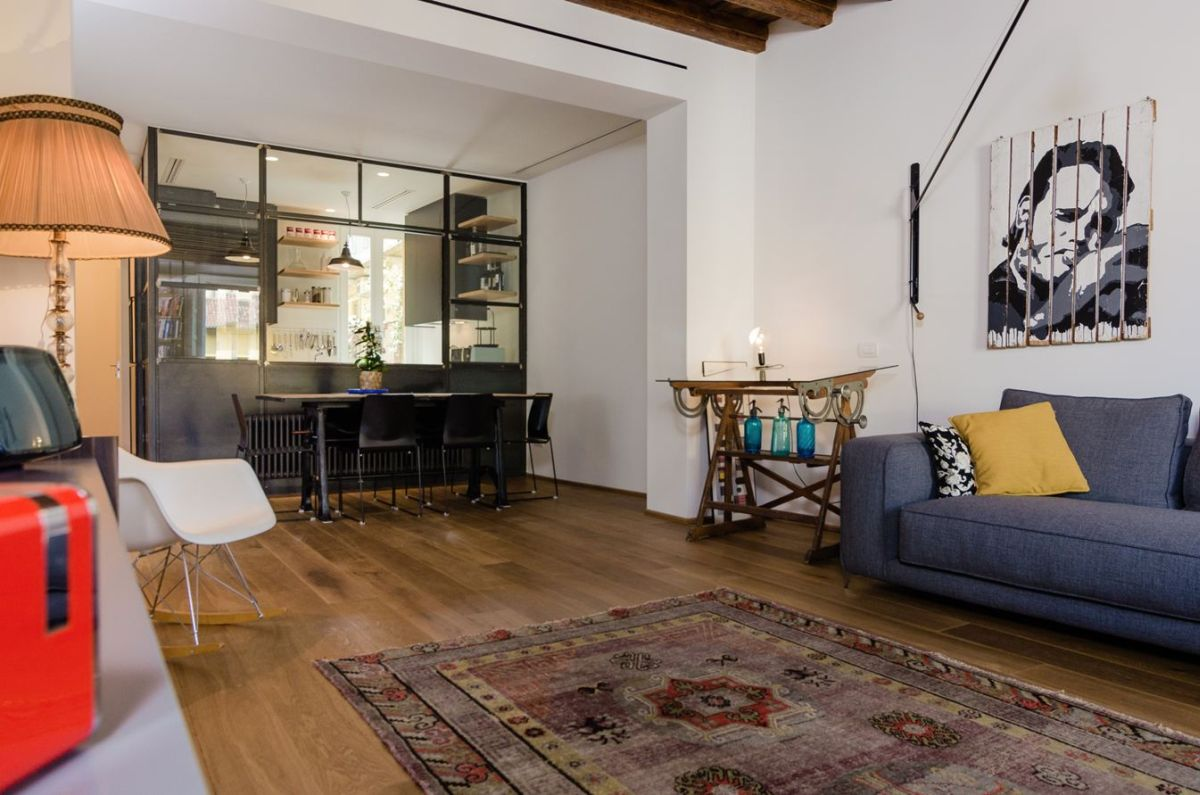 Eclectic Renovation Brings Back Memories In A Milan Apartment