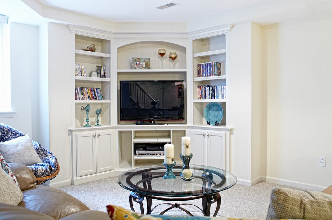 When And How To Place Your Tv In The Corner Of A Room