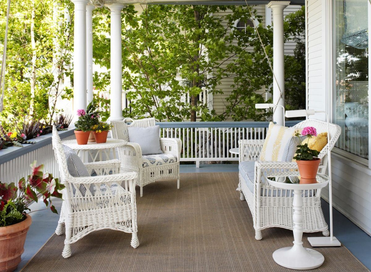 Summer Decors Infused With White Wicker Furniture on Outdoor Living Wicker  id=88401