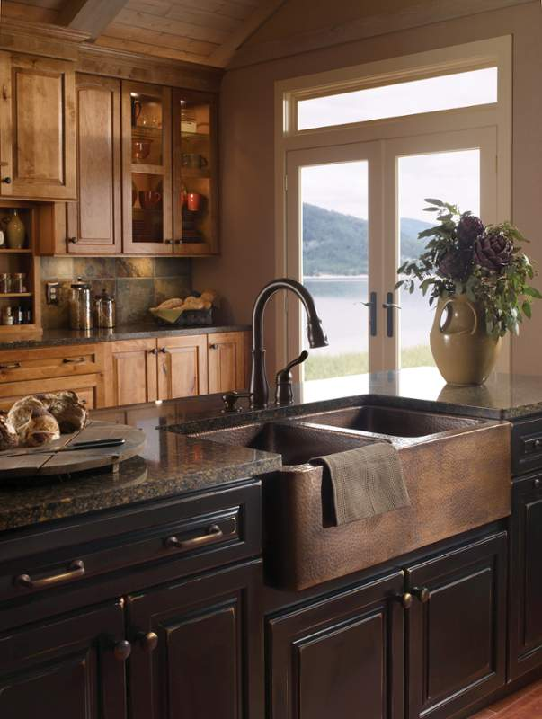 when and how to add a copper farmhouse sink to a kitchen on kitchens with farmhouse sinks id=57581