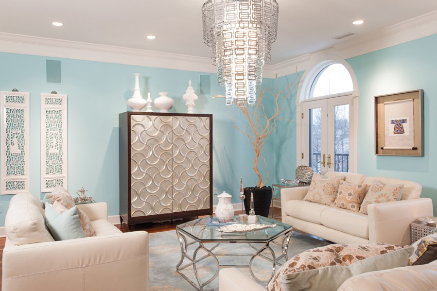 Discovering Tiffany Blue Paint in 20 Beautiful Ways Stylish living room with a touch of luxury