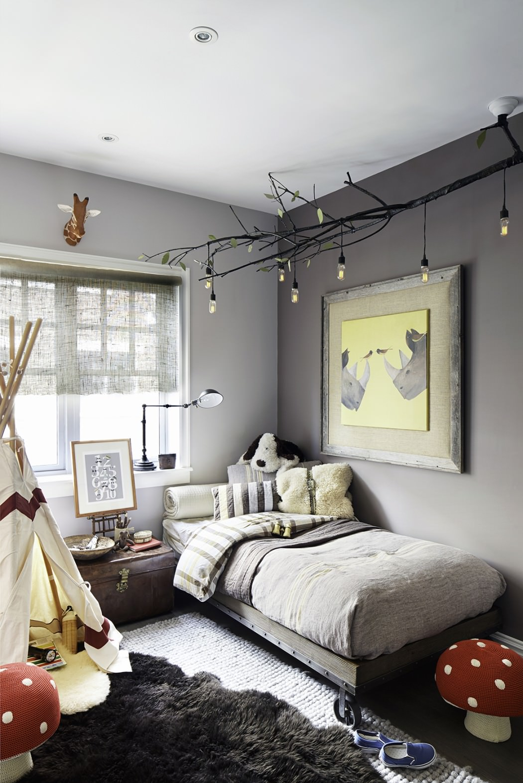15 Youthful Bedroom Color Schemes - What Works and Why on Teenage Bedroom  id=28362