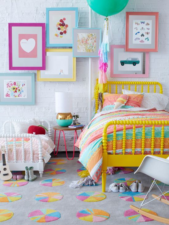 15 Youthful Bedroom Color Schemes - What Works and Why on Teen Room Design  id=65144