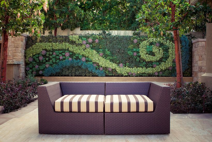 How To Beautify Your House - Outdoor Wall Décor Ideas on Backyard Wall Decor Ideas  id=50500