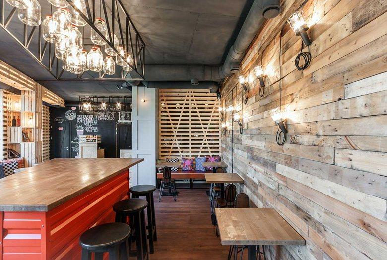 Penka coffee bar reclaimed wood on walls