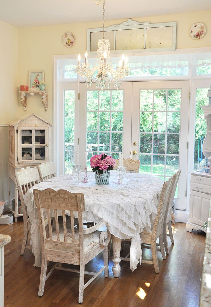 20 Elements Necessary For Creating A Stylish Shabby Chic Kitchen Throwback lines for dining table