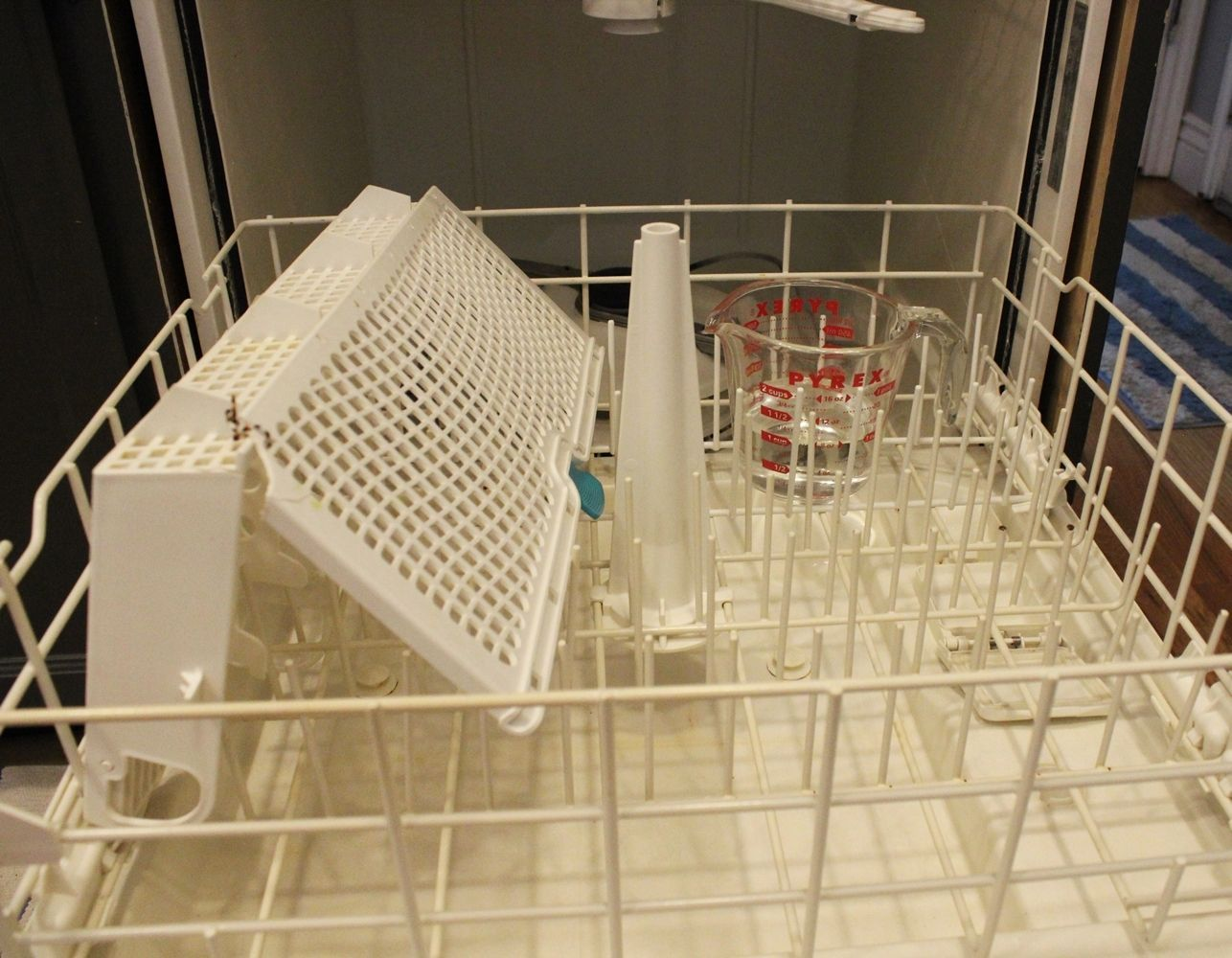 How To Clean A Dishwasher Naturally